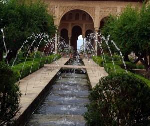 fontanny-ogrodowe-system-nawodnienia